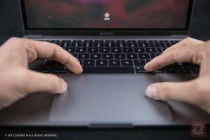 مک بوک ۱۳ اینچی اپل با قیمت ۱۲۰۰ دلار شهریور ماه معرفی میشود